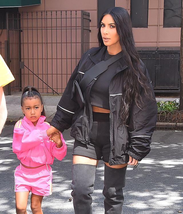 Kim Kardashian WYPROSTOWAŁA Nori włosy (ZDJĘCIA)