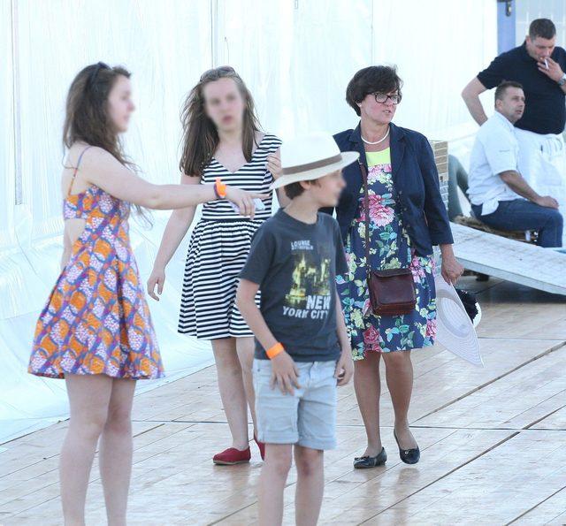 Kluzik-Rostkowska z dziećmi na imprezie (FOTO)