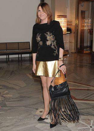 Modę na frędzle potraktowała bardzo serio (FOTO)