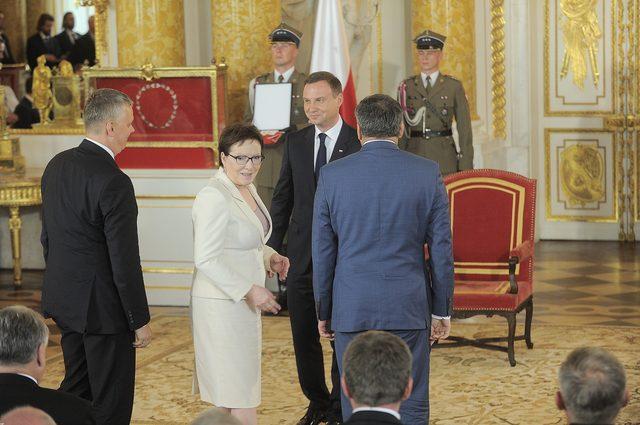 Ewa Kopacz vs. Beata Szydło - napięcie rośnie