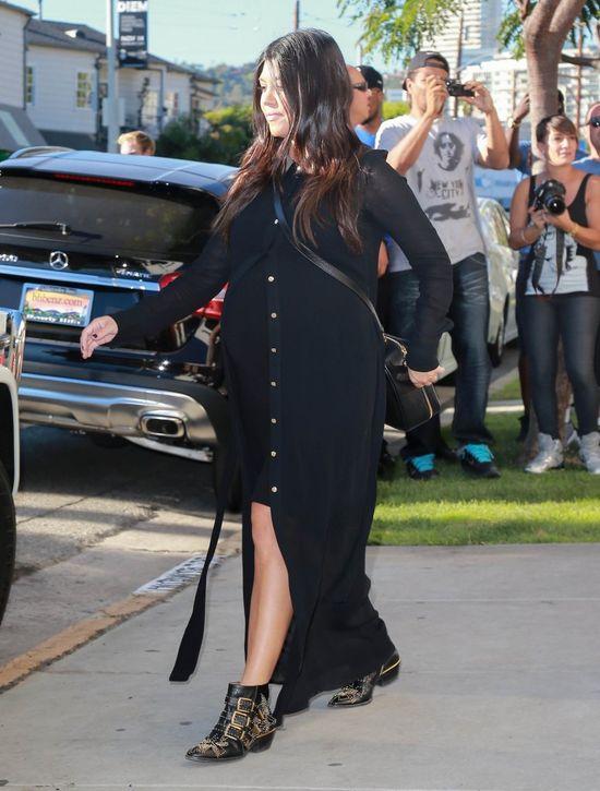 Kourtney Kardashian znowu urodziła przed kamerami?