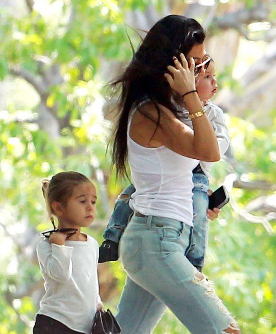 Kourtney Kardashian wygląda WSPANIALE, gdy... się nie stara