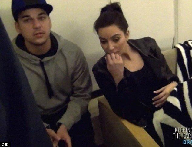 Kourtney Kardashian sama wyjmowała rodzącą się córeczkę