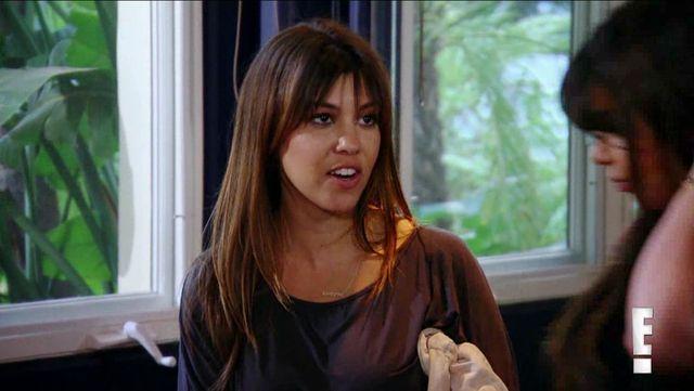 Kourtney Kardashian by�a zadrosna o m�a i Kim? (VIDEO)