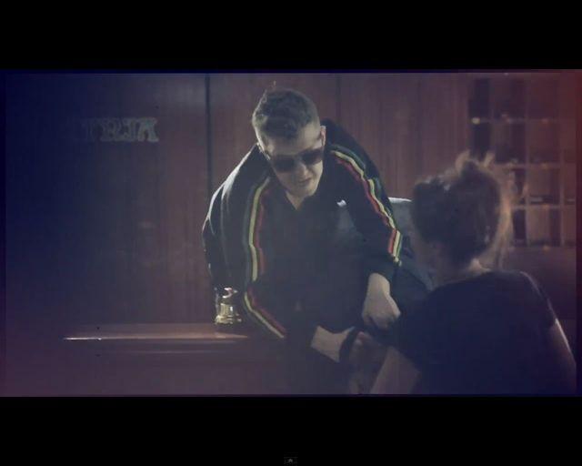 Mikołaj Krawczyk śpiewa Wykochaj mnie na śmierć [VIDEO]
