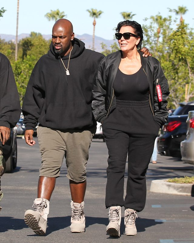 Kris Jenner wie, co Rob robił w Święto Dziękczynienia