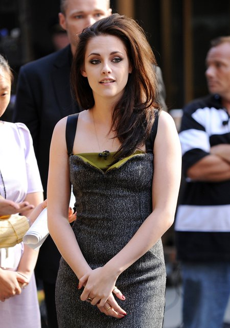 Czy Kristen Stewart zrobiła sobie piersi?