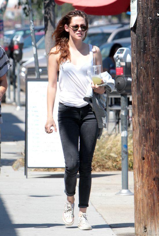 Uśmiechnięta Kristen Stewart (FOTO)