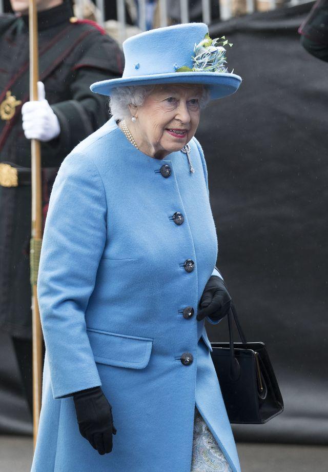 Przerażona spotkaniem z królową Meghan Markle odstawiła ten składnik...