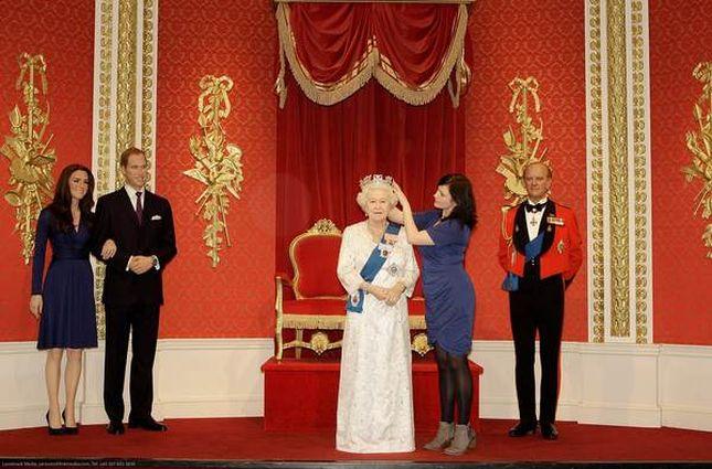 Nowa Królowa Elżbieta z wosku