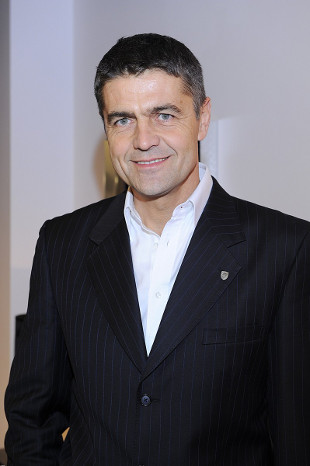 Krzysztof Ho�owczyc