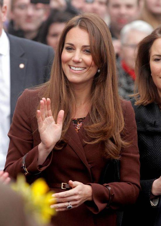 Księżna Kate nadal zachowuje nienaganną figurę (FOTO)