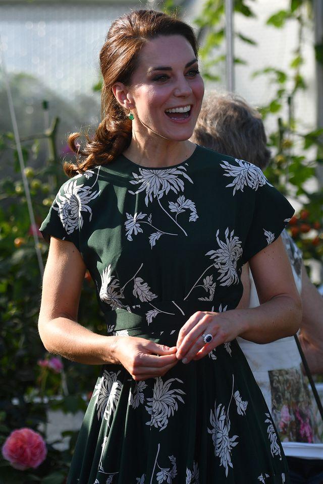 Księżna Kate jest W CIĄŻY! To OFICJALNE!