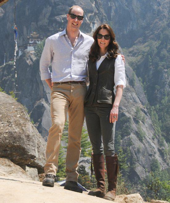 Te zdjęcia pokazują PRAWDZIWĄ relację Kate i Williama FOTO