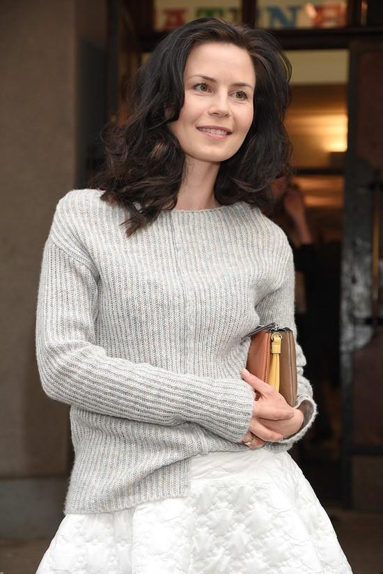 Wylaszczona Magda Kumorek na premierze sztuki (FOTO)
