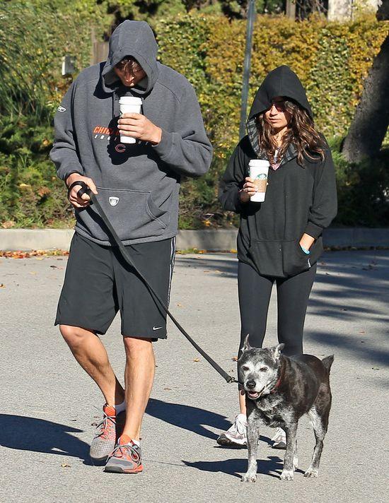 Dlaczego Ashton Kutcher nie opowiada o swoim związku z Milą?