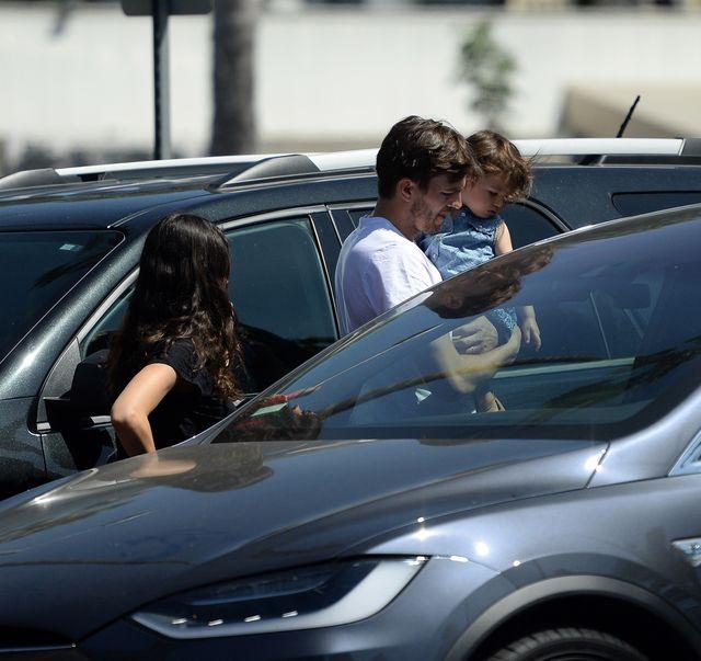 Mila Kunis i Ashton Kutcher są OKRUTNYMI rodzicami?