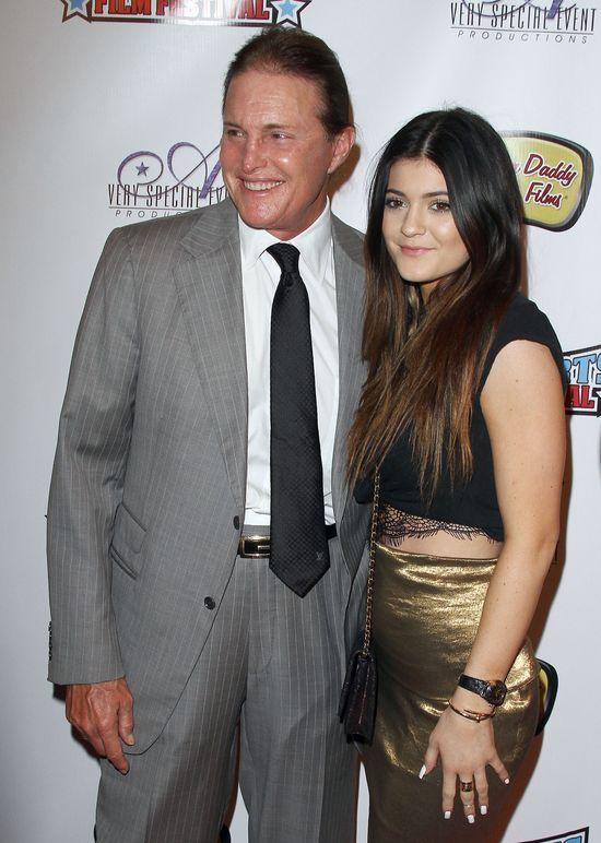 Kylie Jenner córeczką tatusia? (FOTO)