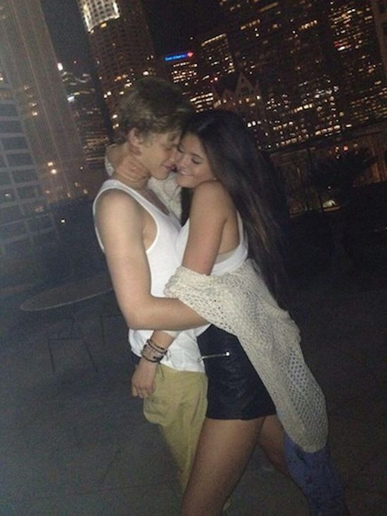 Cody Simpson żartuje z rozstania z Kylie Jenner! (VIDEO)