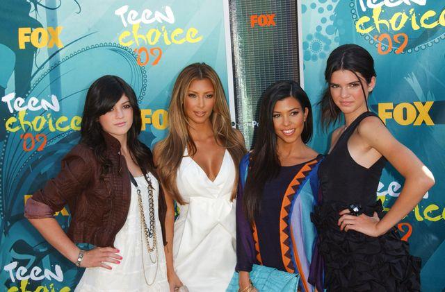 16-letnia Kylie Jenner oskar�ona o operacje plastyczne!