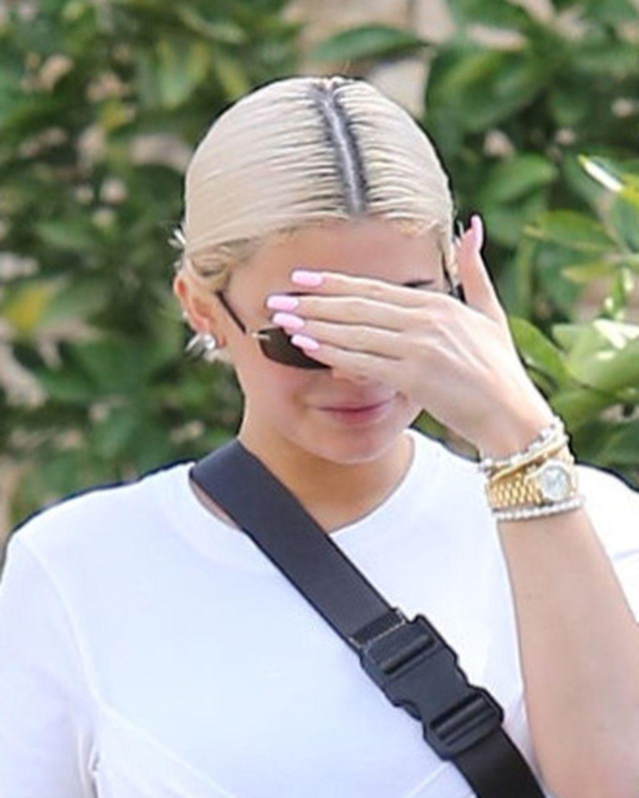 Te ODROSTY to jeszcze nic! Zobacz, jak włosy Kylie wyglądają teraz