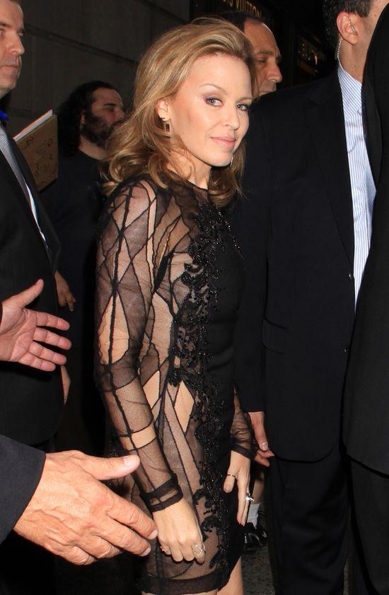 Seksowna Kylie Minogue w teledysku i prywatnie (FOTO)