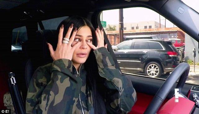 Kylie Jenner jest za młoda na bycie mamą - będzie armagedon