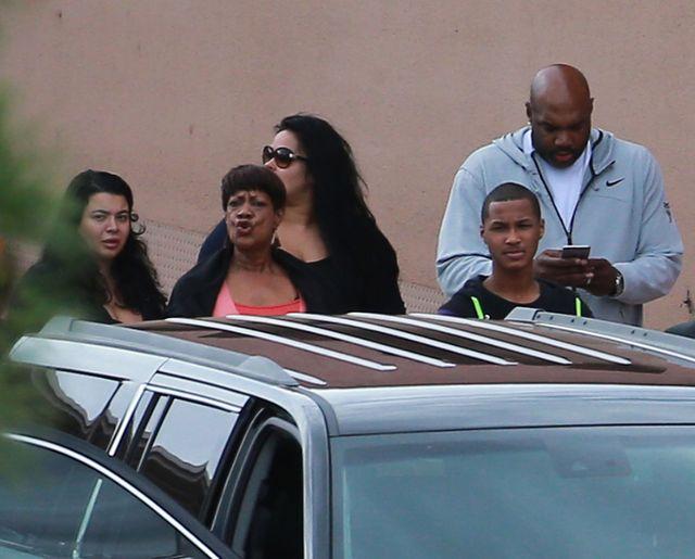 Khloe i była żona Lamara spotkały się w szpitalu (FOTO)