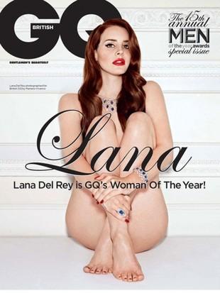 Naga Lana Del Rey spowiada się z grzeszków młodości (FOTO)