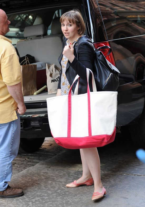 Kto nosi taką wielką torbę? (FOTO)