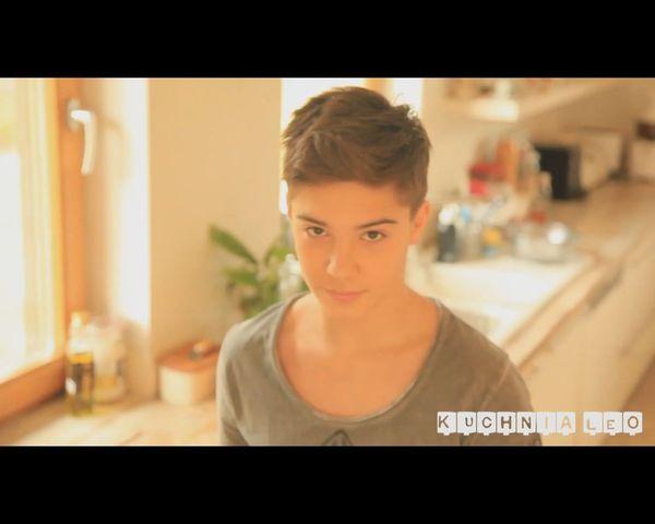 Leon Myszkowski, 14-letni syn Steczkowskiej na YouTube