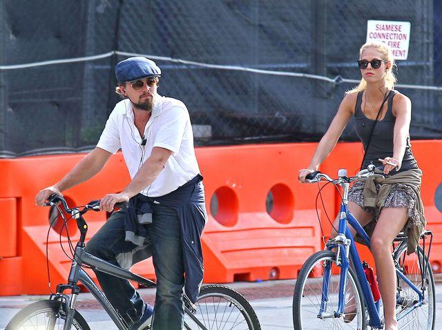 Dziewczyna DiCaprio musi być modelką kochającą koszykówkę