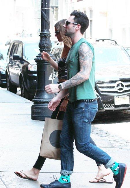 Adam Levine flirtuje z Shakirą?!