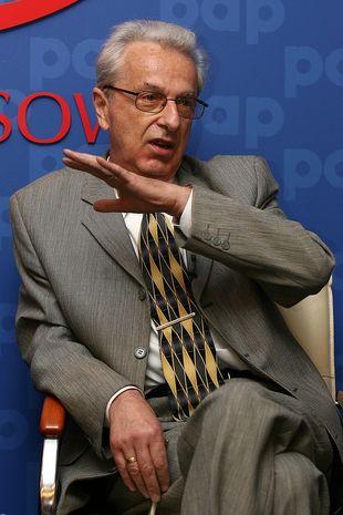 Profesor Lew-Starowicz o Polkach w łóżku