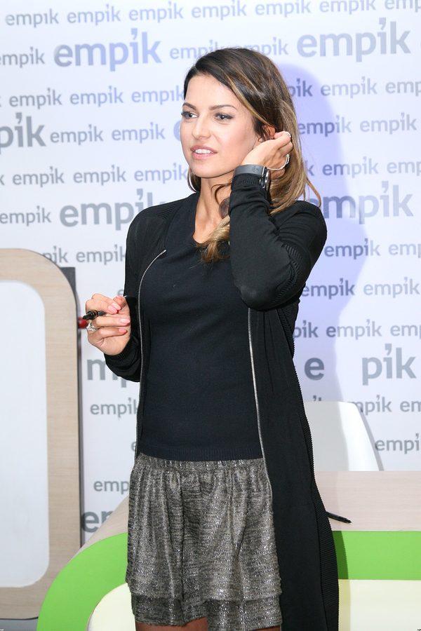 Anna Lewandowska prosto od fryzjera na spotkaniu z fanami