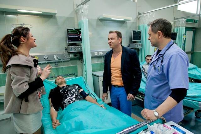 Radek Liszewski na planie serialu Szpital (VIDEO)