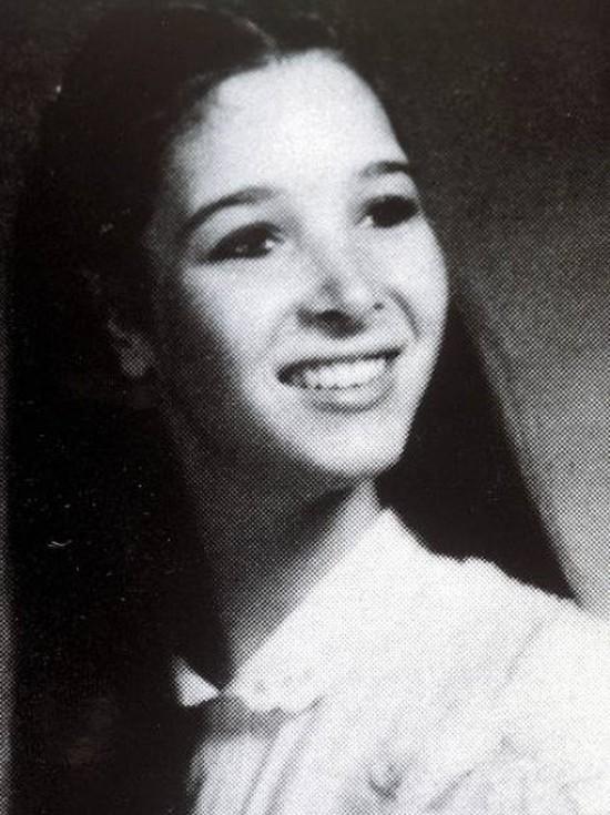 Poznajecie tę dziewczynę przed operacją plastyczną? (FOTO)