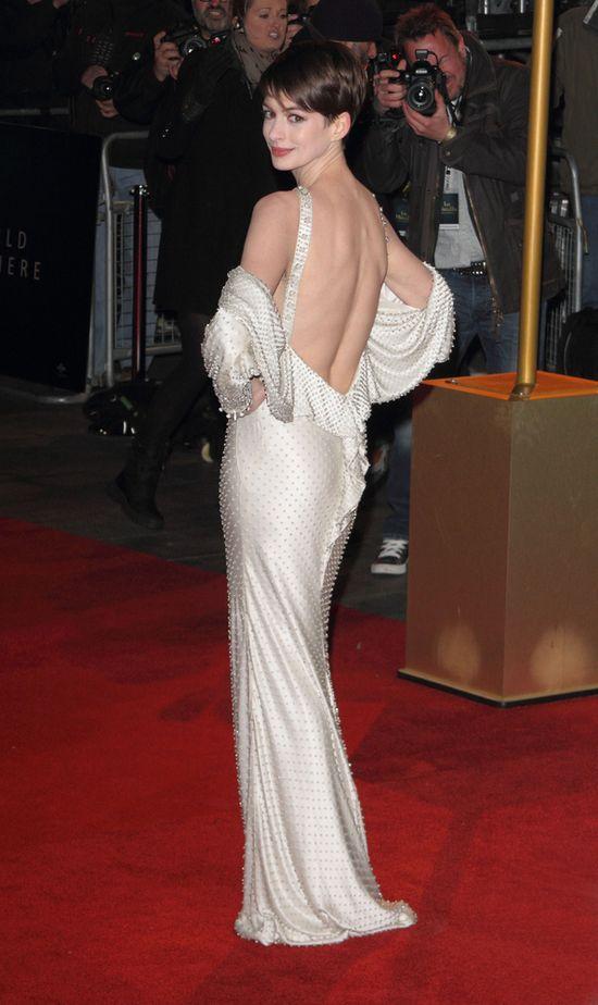 Premiera filmu Nędznicy - Anne Hathaway oczarowała!