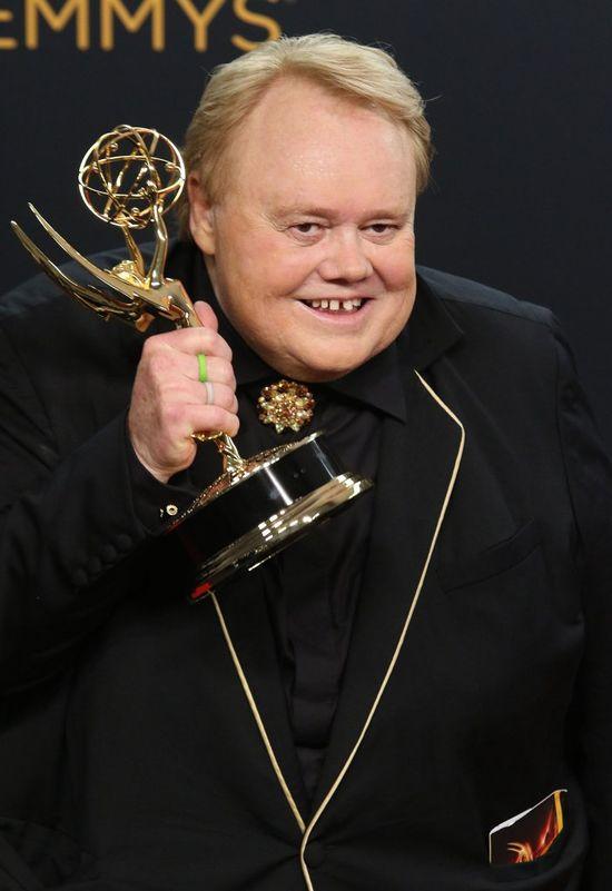 Powiedzcie, że kojarzycie Louisa Andersona! Właśnie dostał nagrodę Emmy!