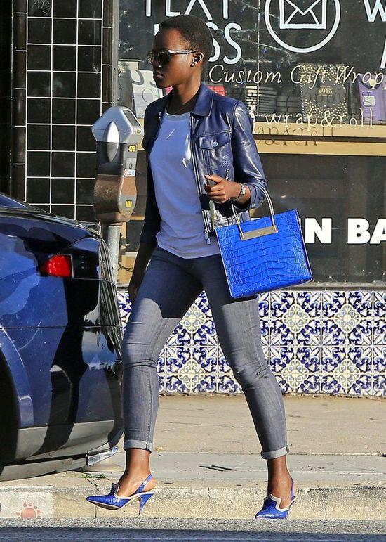 Lupita Nyong'o w ko�cu przy�apana przez paparazzi! (FOTO)