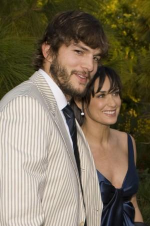 Demi Moore i Ashton Kutcher=Piękna i bestia