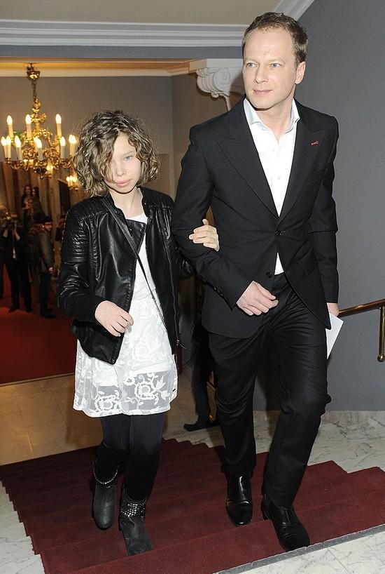 Maciej Stuhr z córką na rozdaniu Orłów (FOTO)