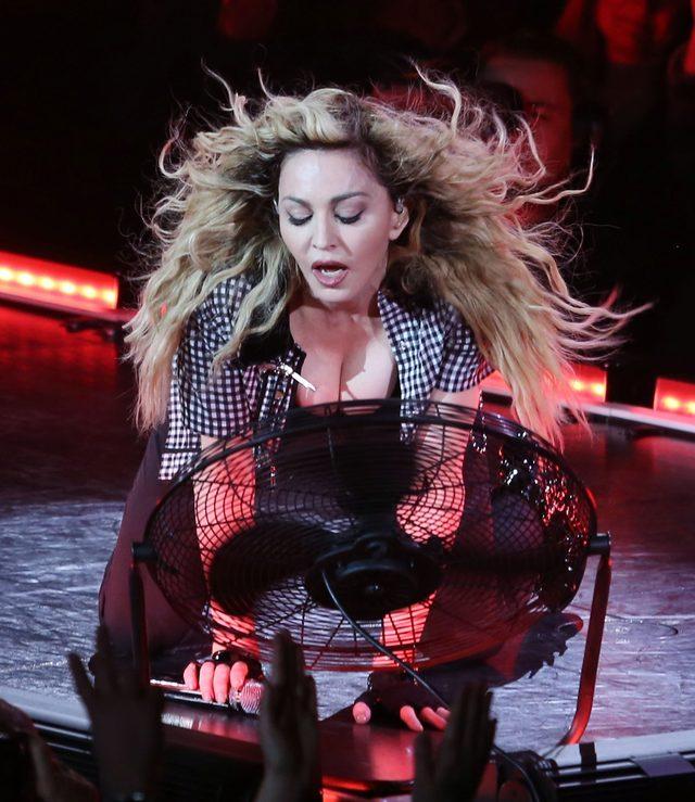 Madonna NIE CHCE ODDAĆ korony (FOTO)