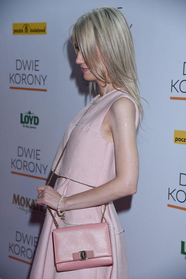 Magdalena Ogórek w różu na premierze filmu o Maksymilianie Kolbe (ZDJĘCIA)