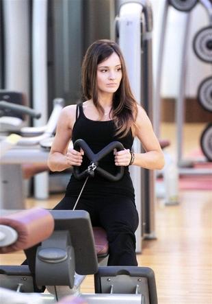 Marina Łuczenko trenuje na siłowni (FOTO)