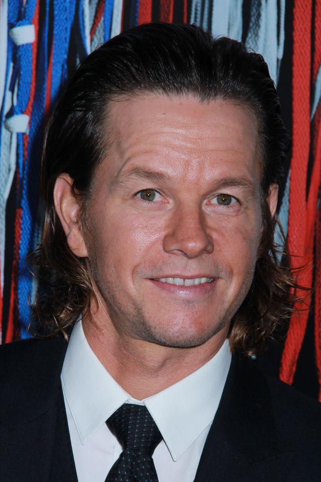 Mark Wahlberg modli się do Boga, aby wybaczył mu TĘ rolę