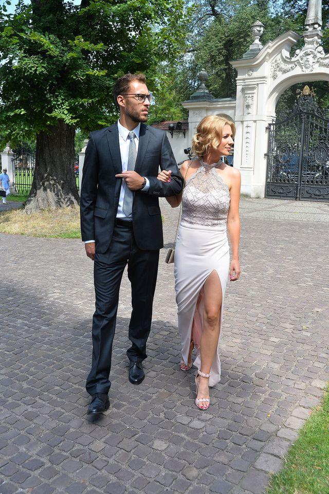 Marta Domachowska, dziewczyna Jerzego Janowicza sama projektowała tę sukienkę