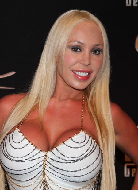 Kopia Mariah Carey? (FOTO)
