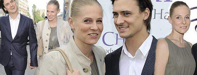 Mateusz Damięcki promuje starszą partnerkę (FOTO)