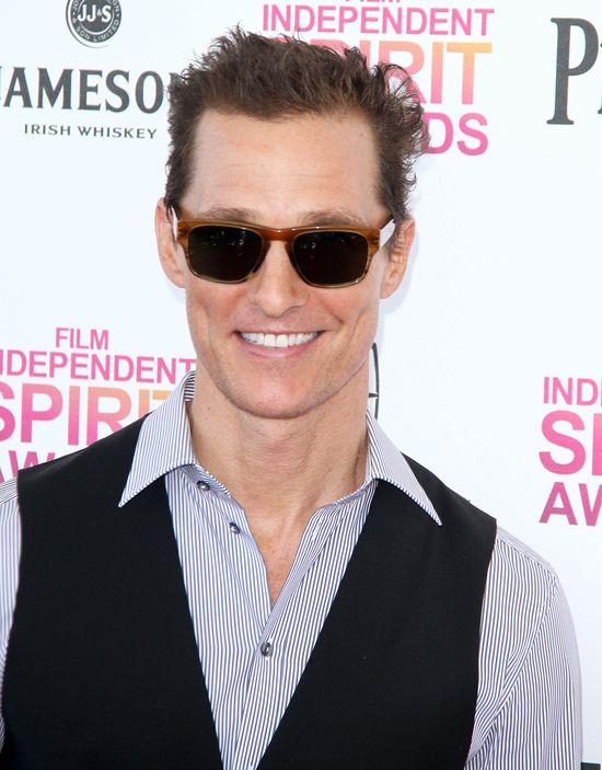 Matthew McConaughey nabiera ciała (FOTO)